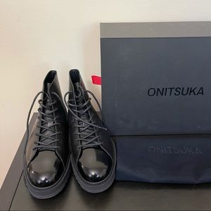 ONITSUKA lace up leather boots